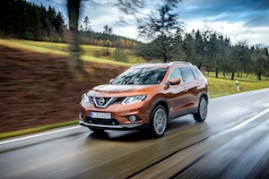Nissan X-Trail face avant